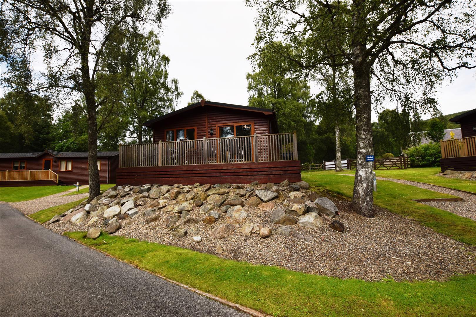 Lodge 27, Park Dean Holiday Park, Tummel Bridge, Perthshire, PH16 5SA, UK